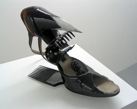 Cocktail Rattrap 2003. Shoe, hair accessories & blackberries