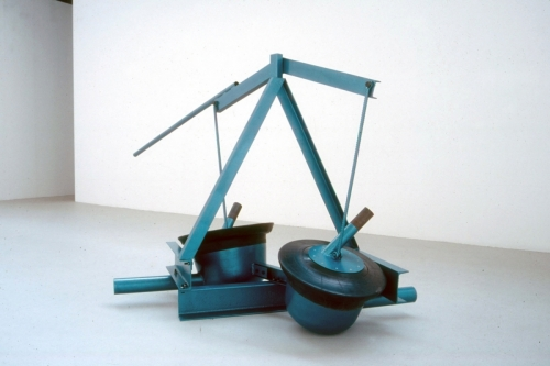 Untitled (Bumi-Twin) 1999, painted steel & rubber. Saatchi  Gallery, London